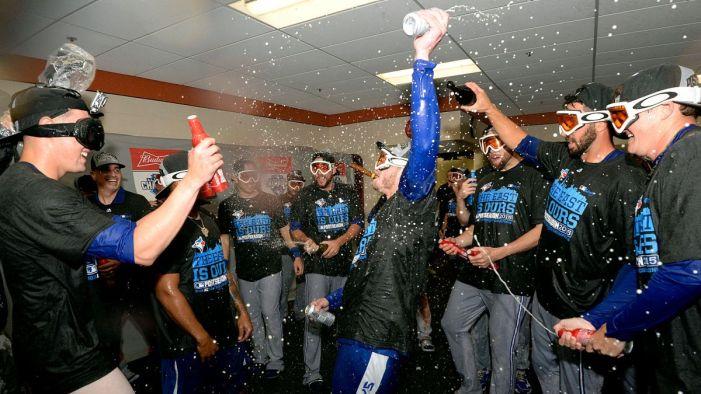 100115-MLB-Toronto-Blue-Jays-AL-East-locker-room-celebration-MM-PI.vresize.1200.675.high.45